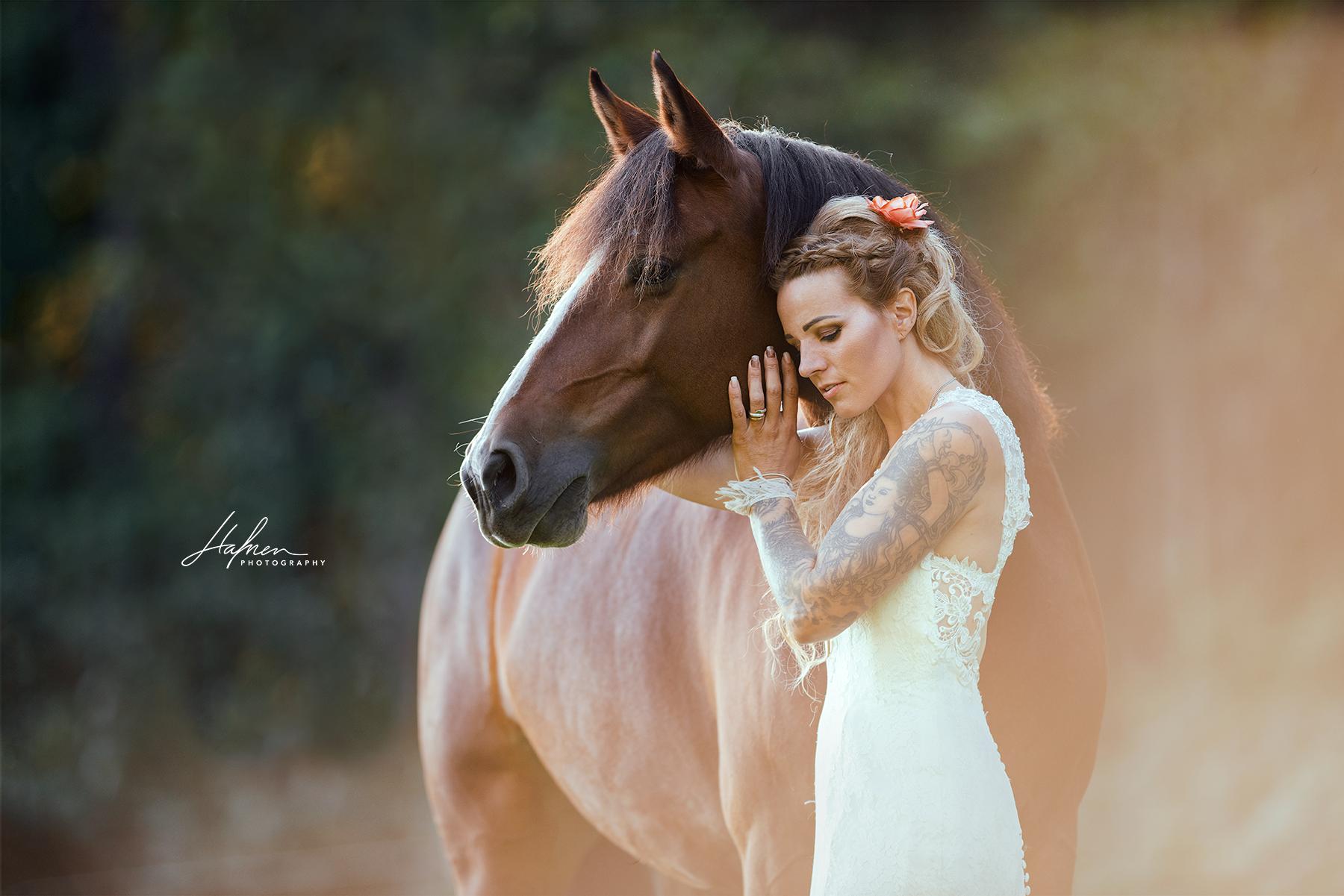 Mensch mit Pferd im Portrait | Pferde mädchen fotografie