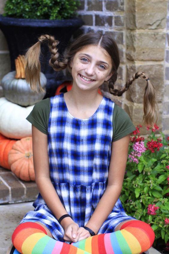 Pippi Poppy Longstock Braids so easy that even Dad can do them! A great, simple… #crazyhairdayatschoolforgirlseasy
