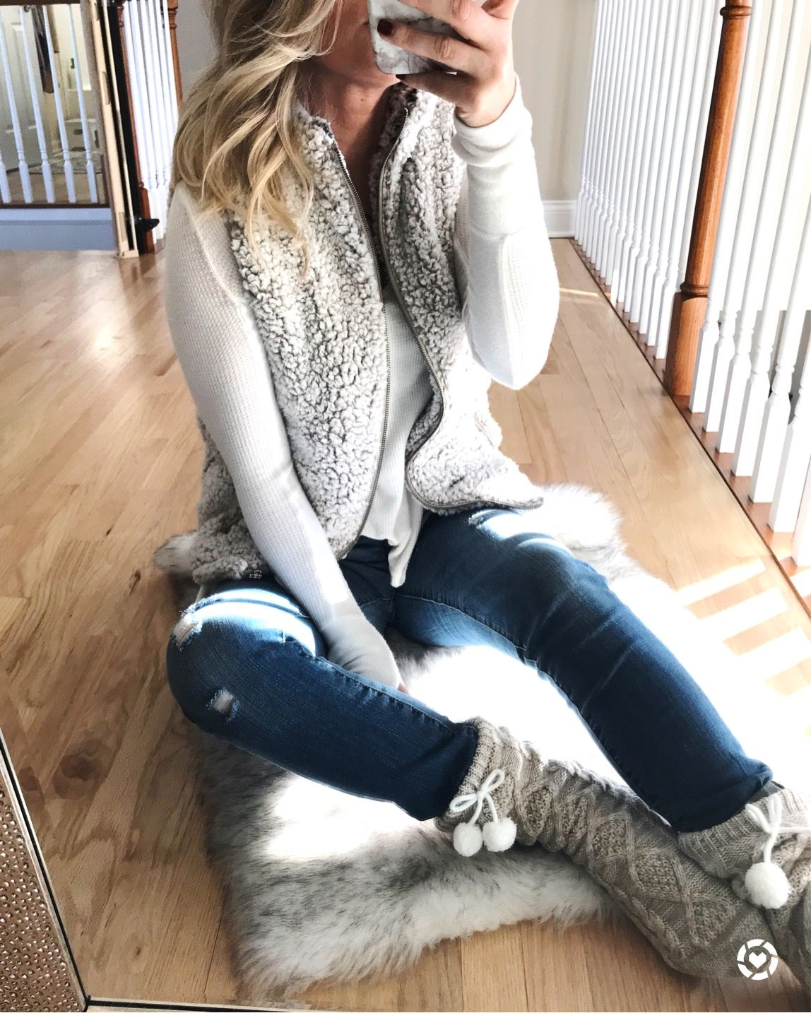 7bab62e810f569 Sherpa vest . Ugg slippers . Fuzzy vests and winter styles  thelilliebag