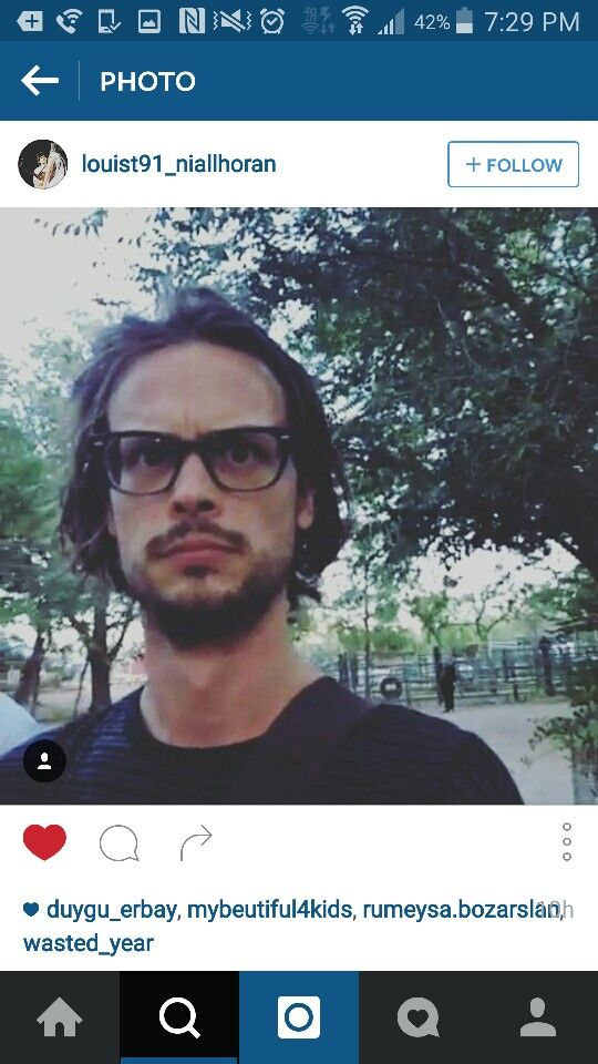 Matthew Gray Gubler looking beautiful as ever