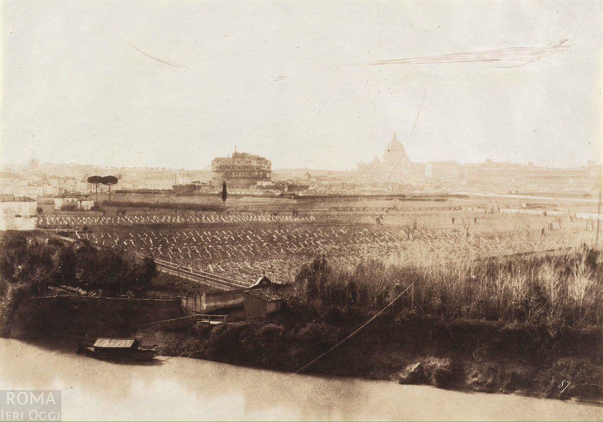 Prati di Castello (1857) Siamo all'altezza del Lungotevere Prati, sullo sfondo Castel Sant'Angelo e San Pietro