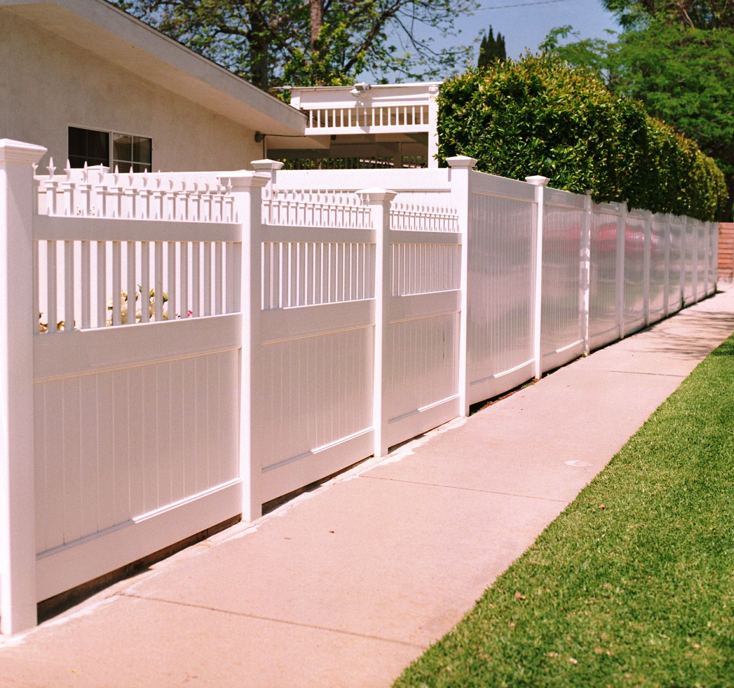 San Diego Apartments With Backyard: Vinyl Privacy Fences Have Tongue And Groove Pickets That