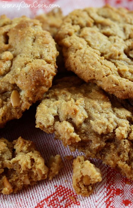 Easy Peanut Butter Cookies Recipe Cookie Canister Best Cookie