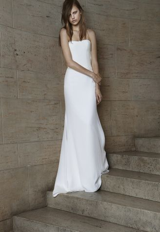 Vera Wang Bridal Spring Collection 2015 Ivory Strapless Soft Mermaid Silk  Crepe Gown With Cut Out Back And Cowl Detail.