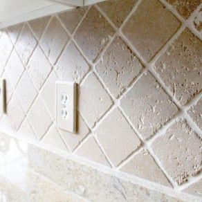 Backsplash 4x4 Tumbled Noce Travertine Set On Diamond Pattern Patterned Carpet Diamond Pattern Kitschy Kitchen