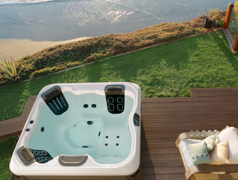 Outdoor Luxury! Villa aan zee met outdoor whirlpoolspa op