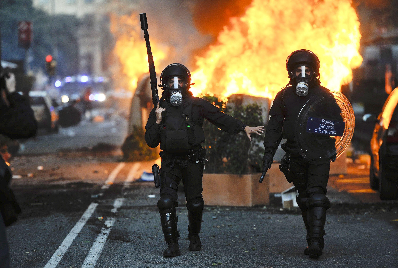 Rioting Erupts During 24-hour Strike In Spain