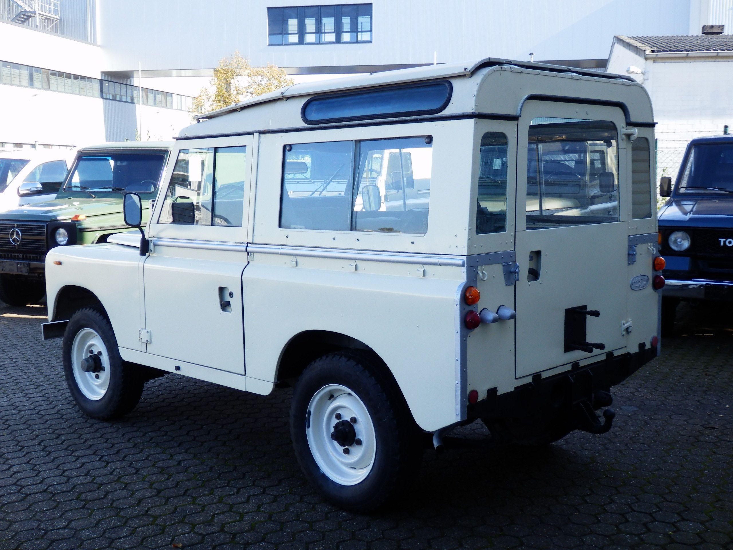 Land Rover Serie III f Road Technik GmbH