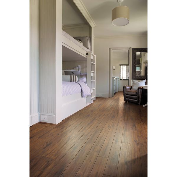 Shaw Industries Timberline Textured Expressions 12mm Laminate Flooring 17 99 Sq Ft
