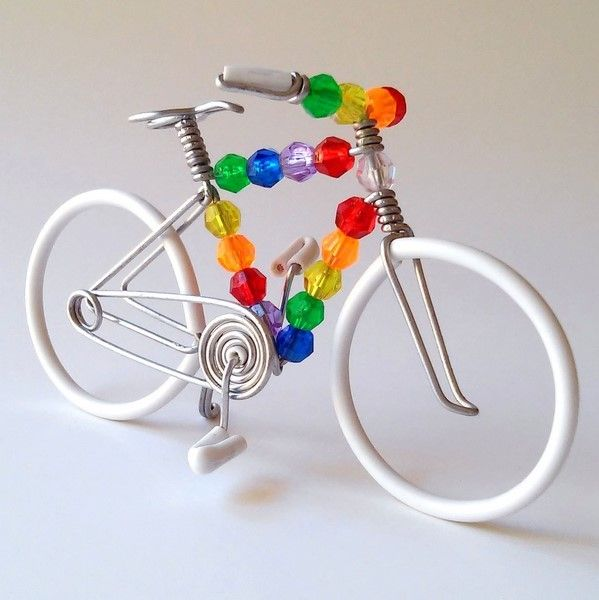white wire bike with mix beads | Crafts | Pinterest | Beads ...