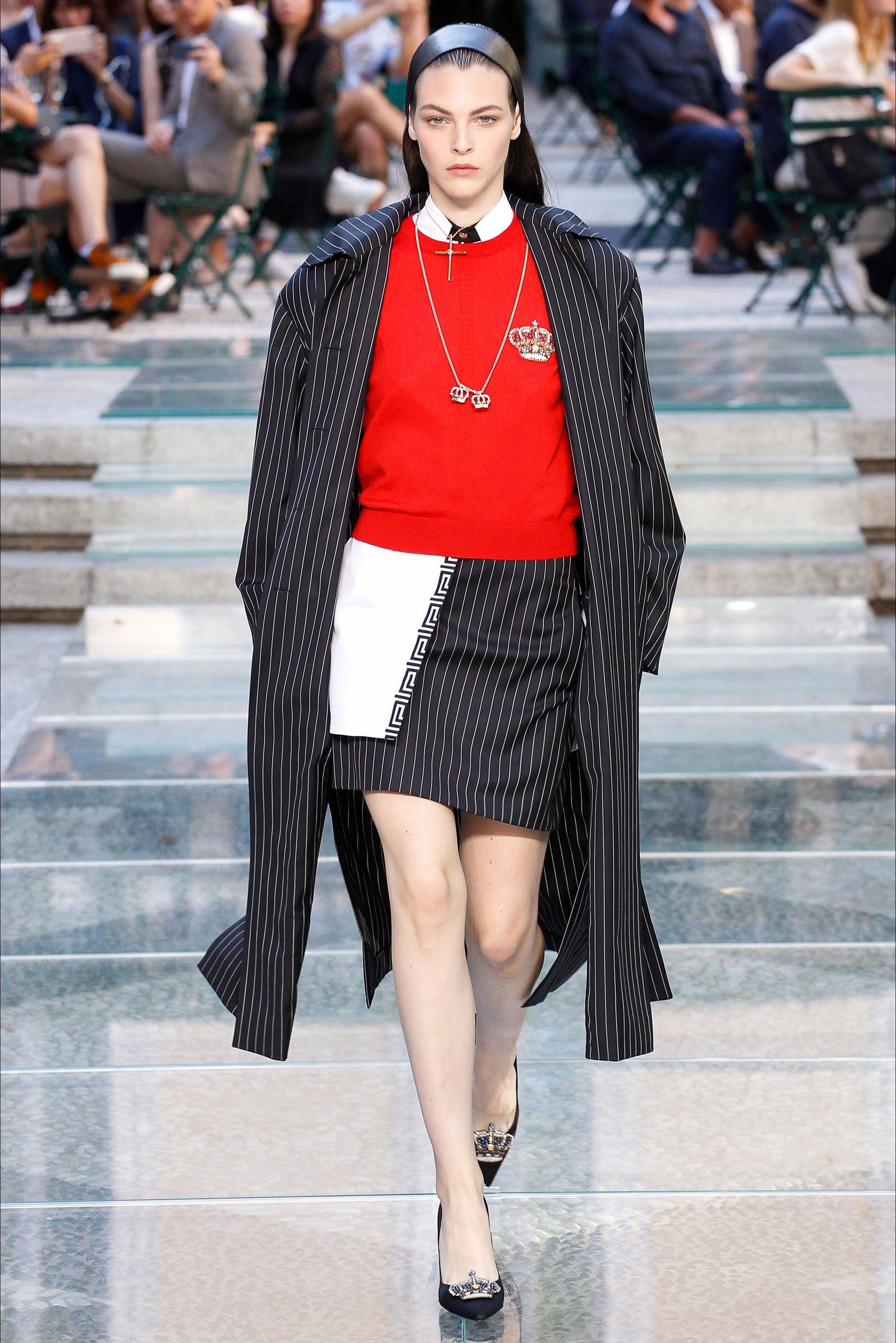 Sfilata Moda Uomo Versace Milano - Primavera Estate 2018 ...