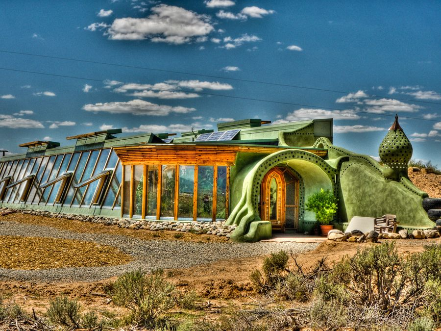 Earthship Community In Taos New Mexico Usa Places