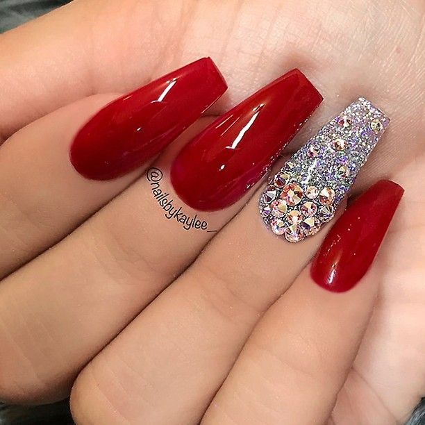 Red matte nails with some glitter | Red matte nails, Matte nails and ...