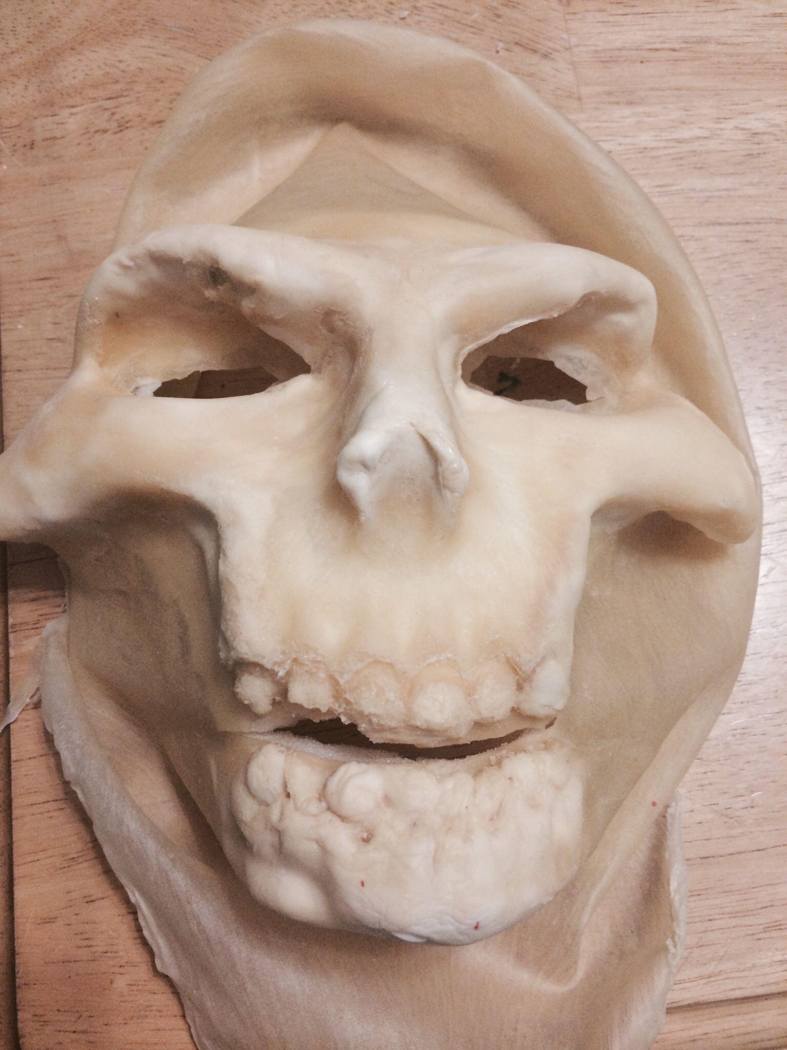 Airbrushing latex masks