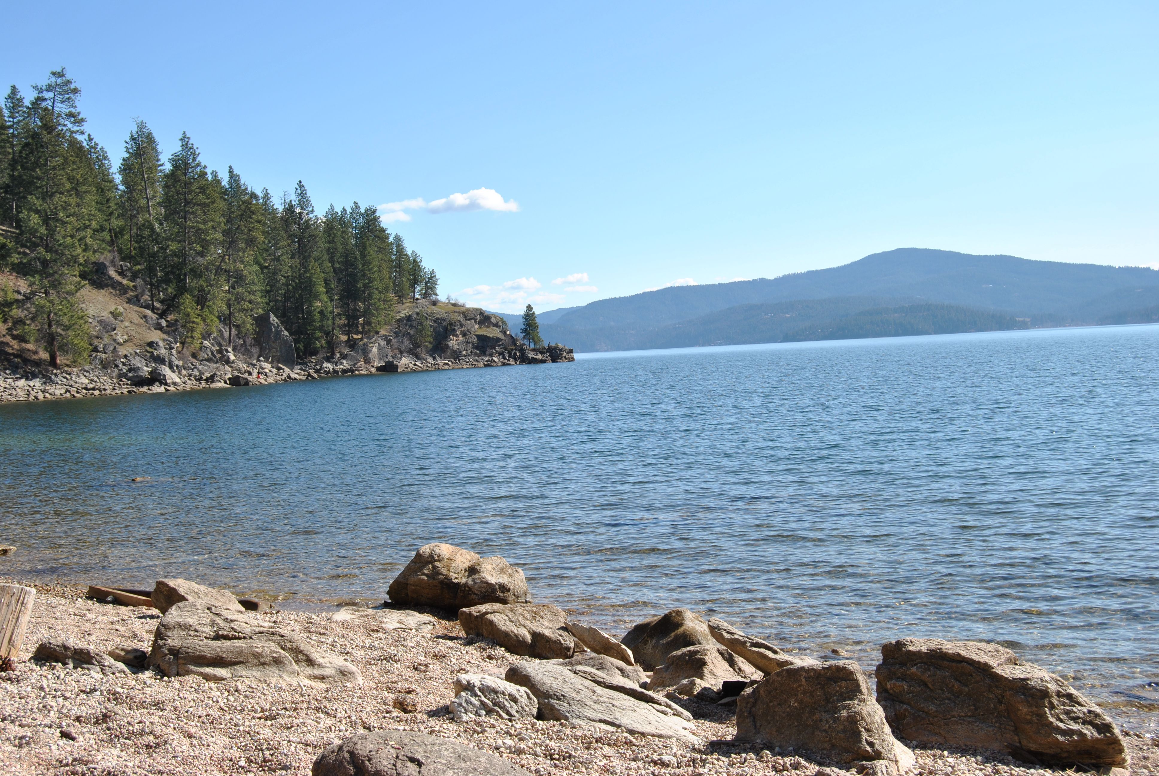 Tubbs Hill Beaches An Amazing 120 Acre Park In Downtown Coeur D Alene Idaho Natural Park Amazing Destinations Outdoor