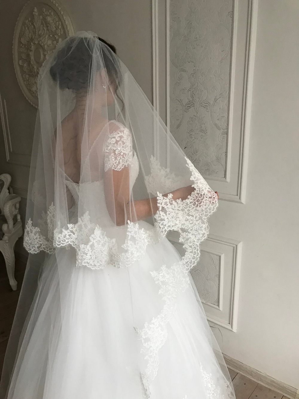 Cathedral Wedding Veil Lace Wedding Veil Lace Trim Bridal Veil Etsy In 2020 Wedding Veils Lace Wedding Veil Lace Trim Ivory Wedding Veils