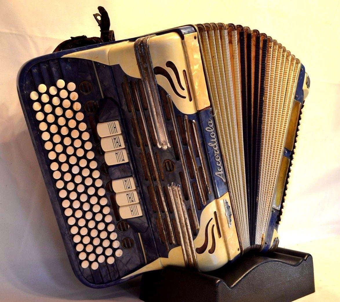 Accordiola. France/Italy (1960s) Accordion, Instruments
