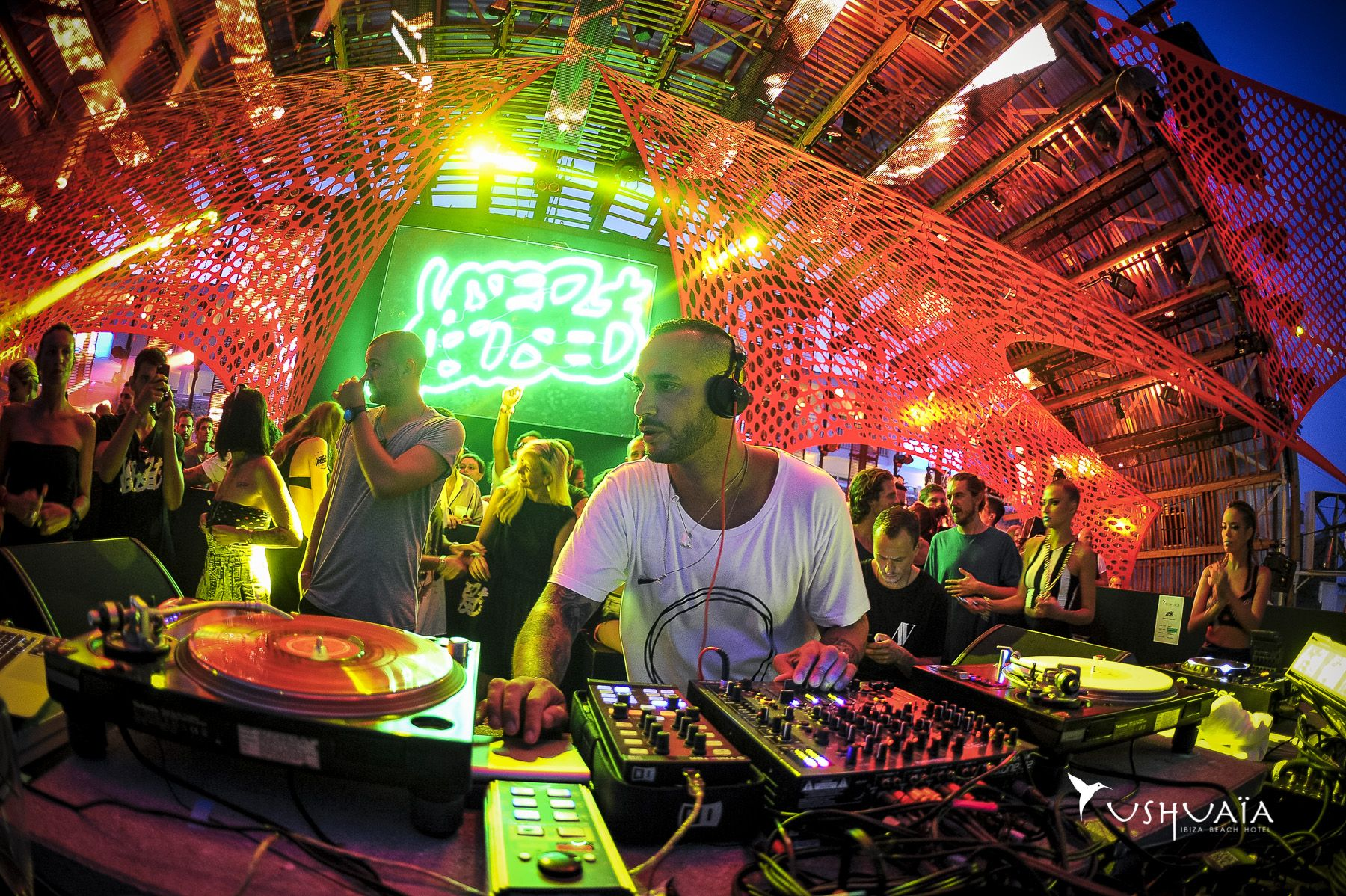 Thrilling colourful nightlife of Used Abused at Ushuaïa