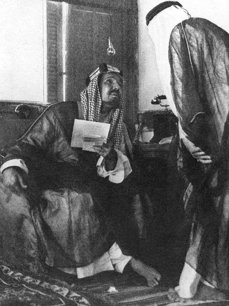 1953 وفاة الملك المؤسس Ullstein Bild Ullstein Bild Via Getty Images Saudi Arabia Gift Saudi Arabia Culture Arab Culture