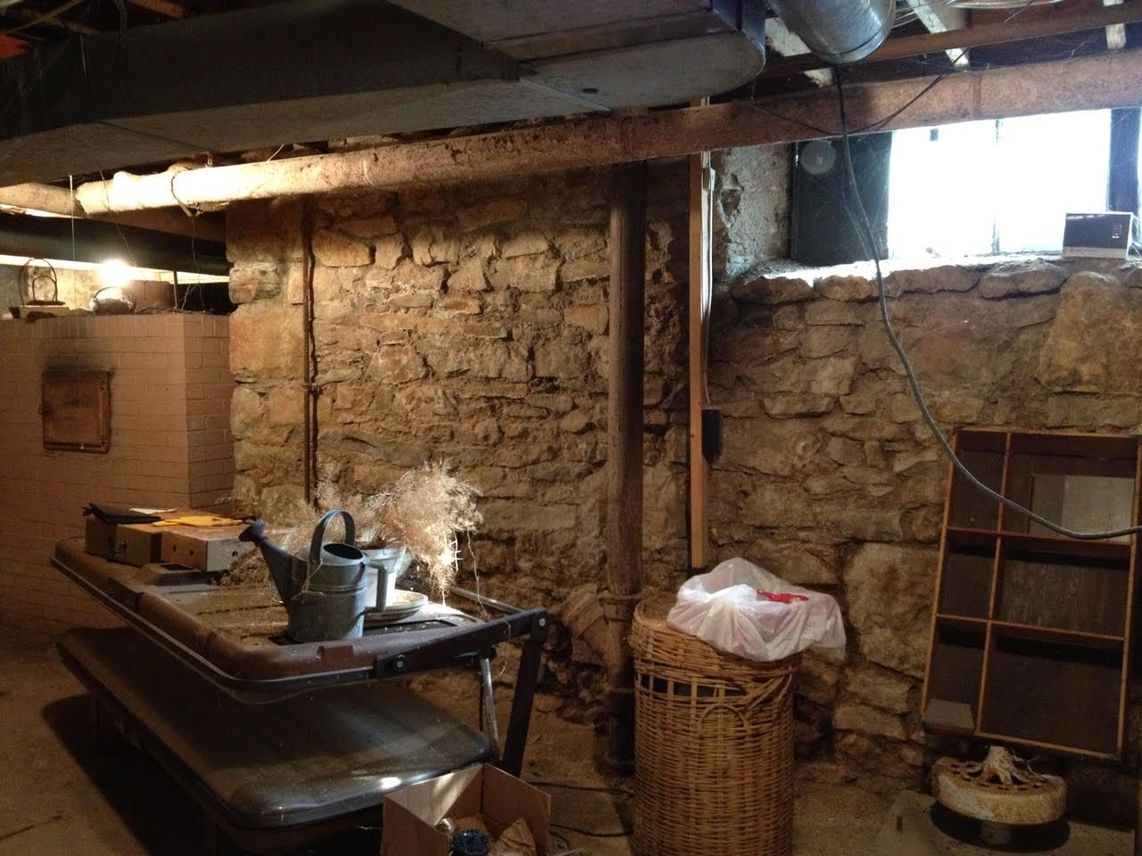 How to get rid of musty smell in basement basement