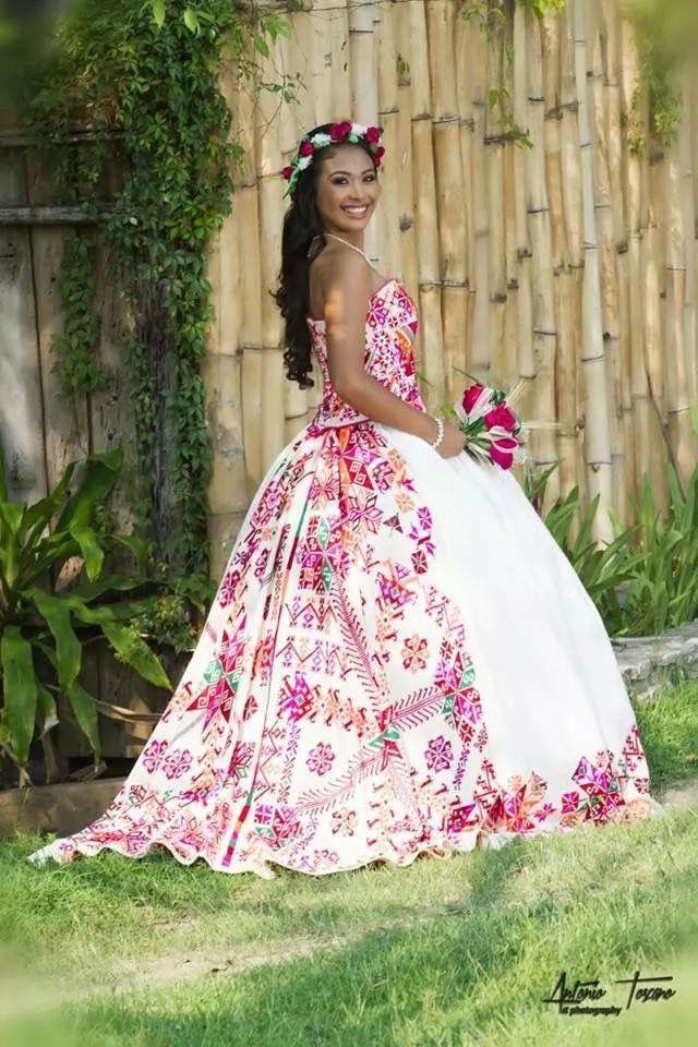 Pin von DaRa Ri An auf vestido bordado | Pinterest