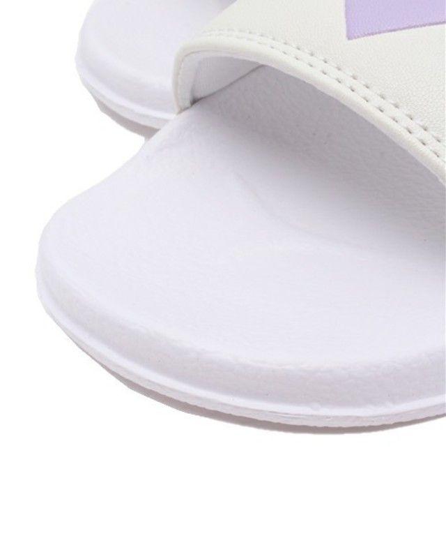 【WEGO/ハートフラットサンダル】フロントにロゴをあしらったシャワーサンダル。シンプルで着まわし…