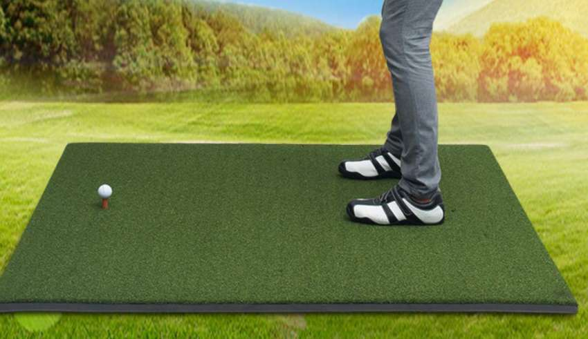 Top 10 Best Golf Hitting Mats In 2020 Reviews Guide Golf Hitting Mats Golf Mats Golf
