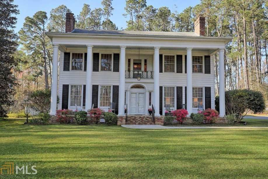 1953 Classical Revival Swainsboro Ga 350 000 Old House Dreams