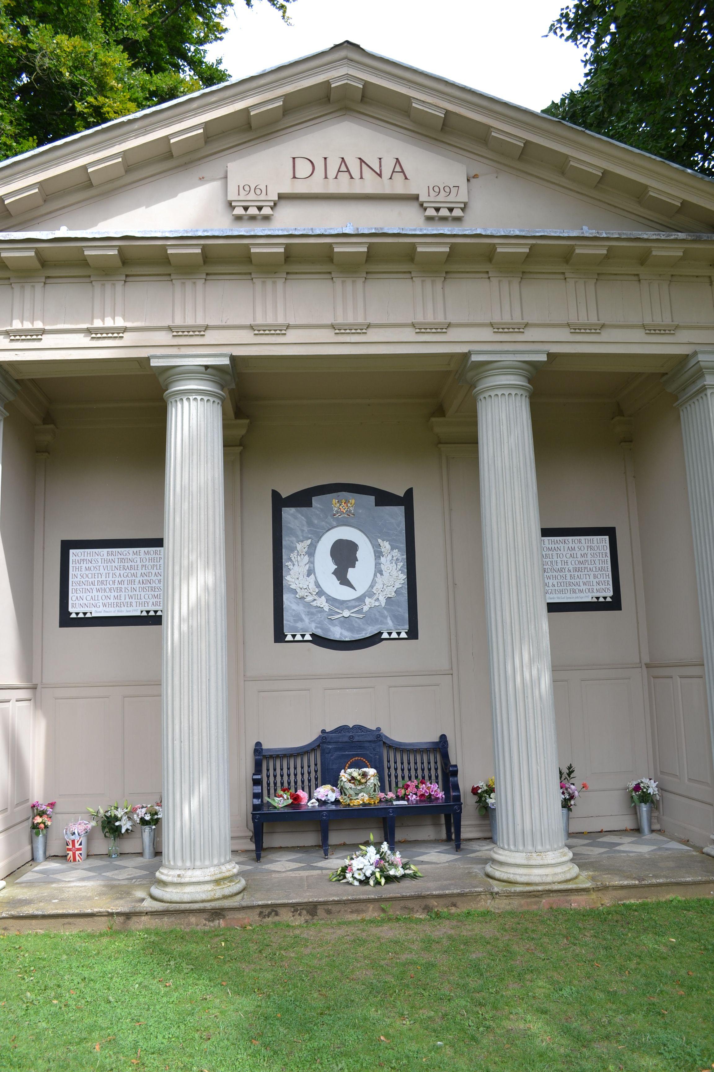 Princess Diana's Memorial Princess diana grave