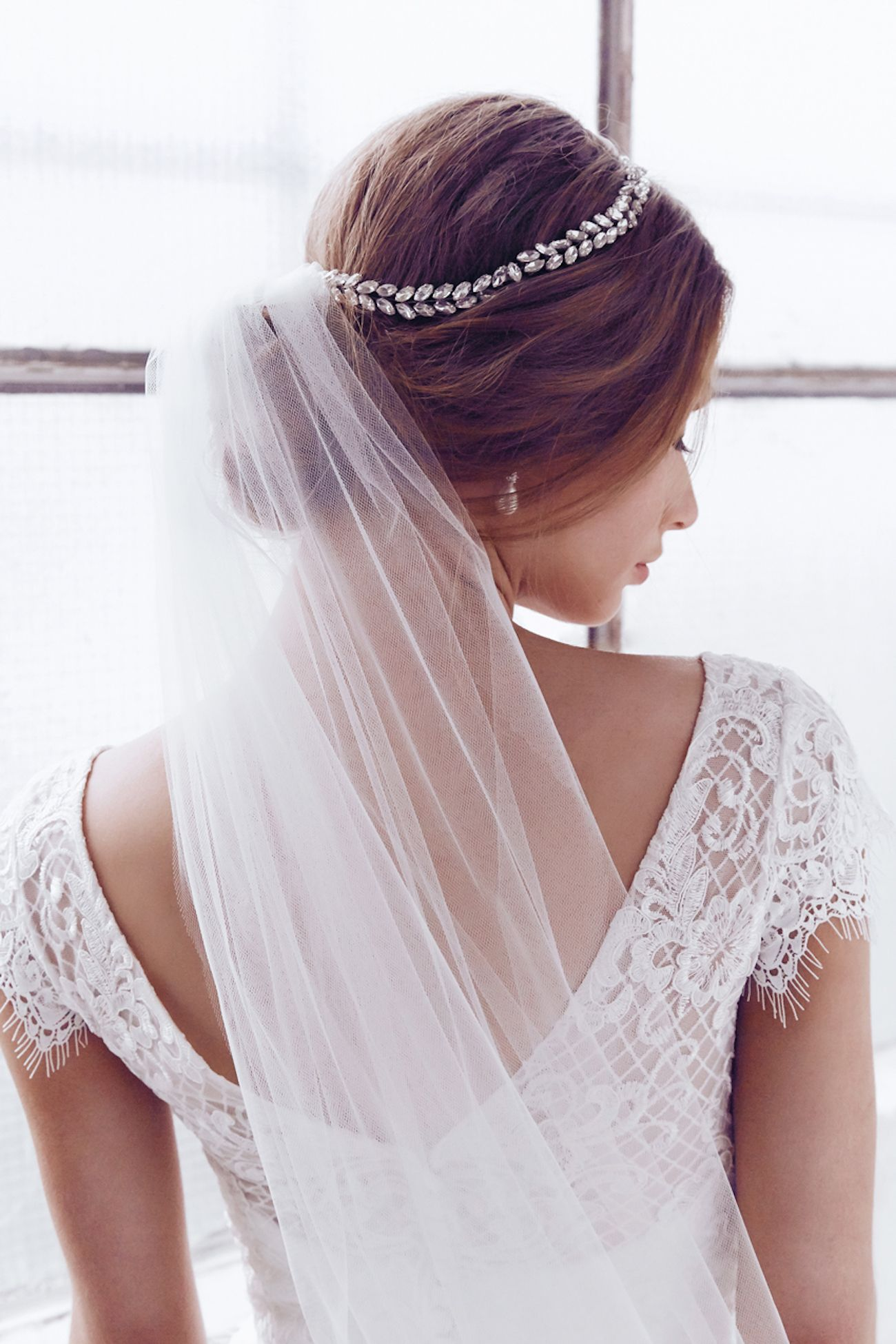 Anna Cbell Sparkly Embellished Alexandria Bridal Headpiece: Sparkly Accessories For Wedding Dress At Websimilar.org
