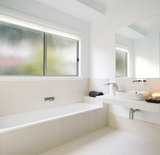 Gorgeous basin with lovely long bathtub | Bathroom Heaven ...