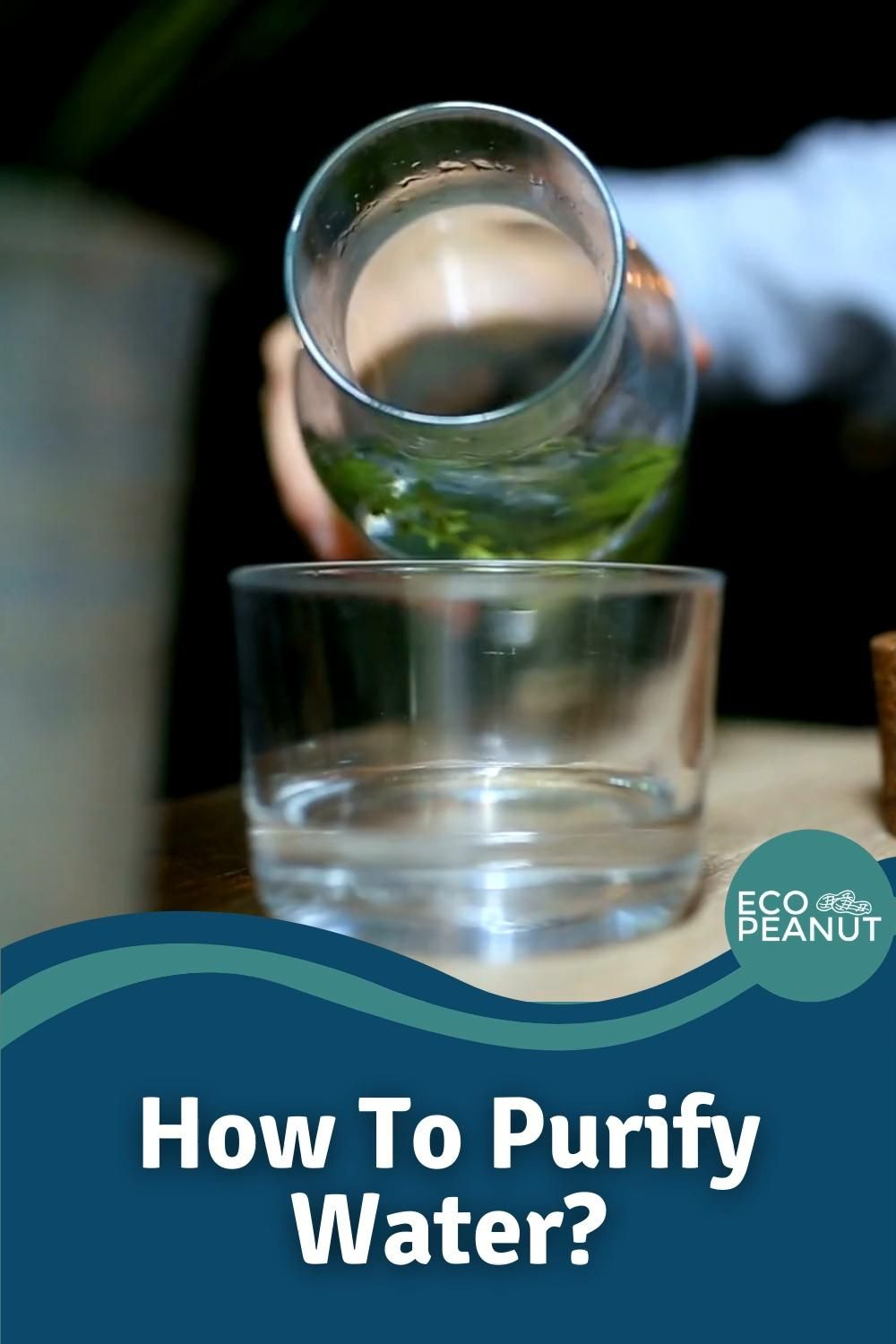 A detailed look on the 8 most effective ways on how to purify water for drinking, the advantages and disadvantages, and which impurities they remove. #water #homesteading