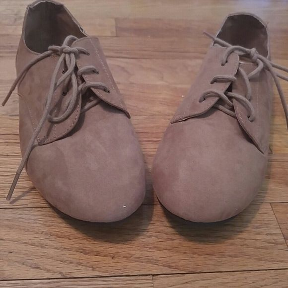 Taupe/Brown Forever 21 Oxfords Taupe faux suede Forever 21 lace up Oxfords. Very cute. Only worn once. They're 7.5, but there's no label of size inside the shoe, Forever 21 Shoes Flats & Loafers