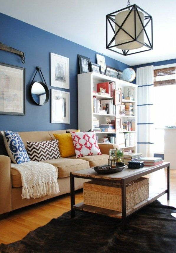 wandspiegel rund wohnzimmer farben wandgestaltung blau Stube