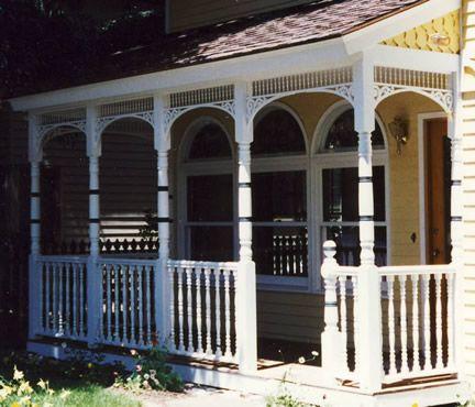 Colonial Farmhouse Exterior