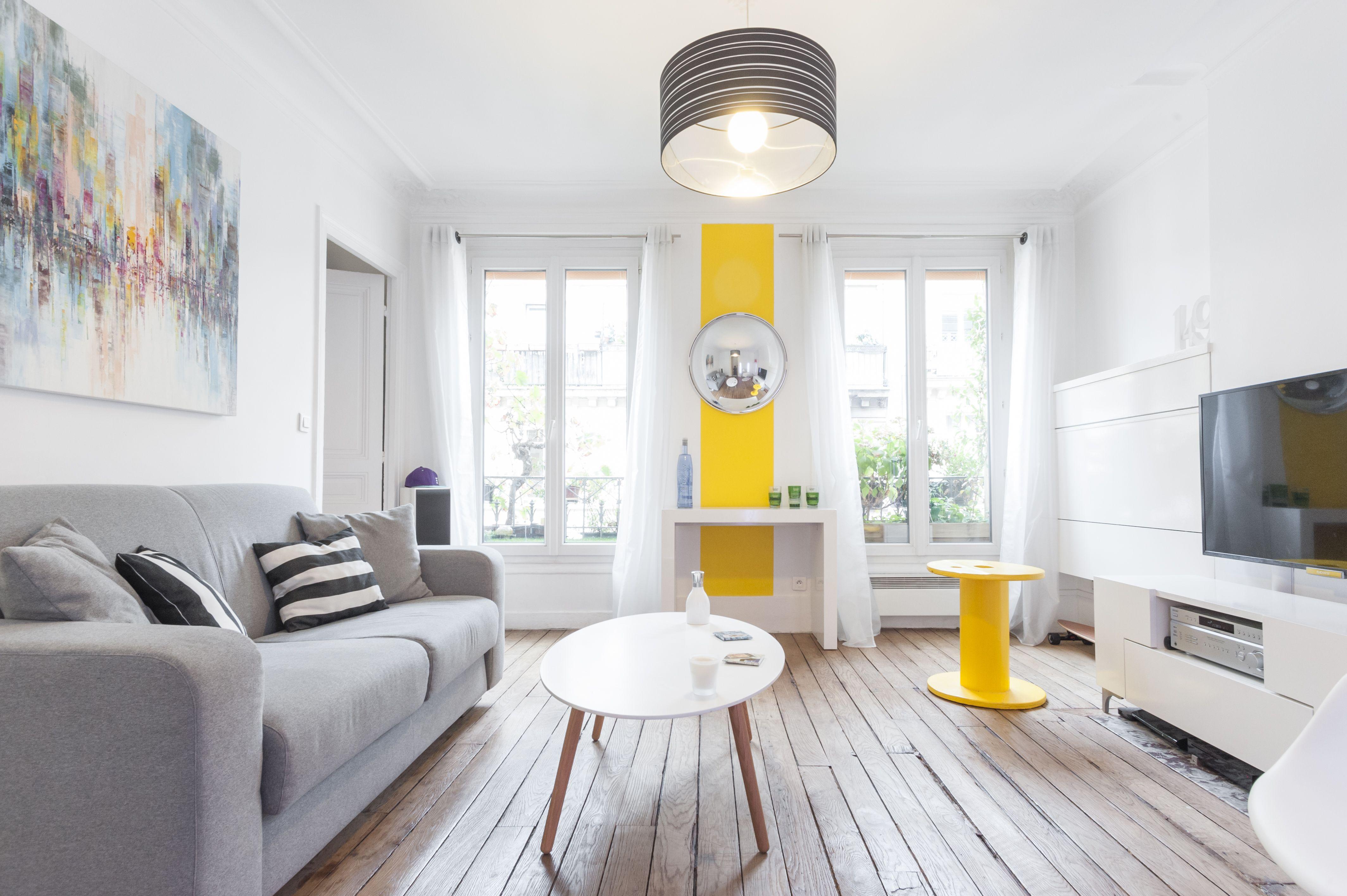 Yellow white living room, sober and elegant design   Living room ...