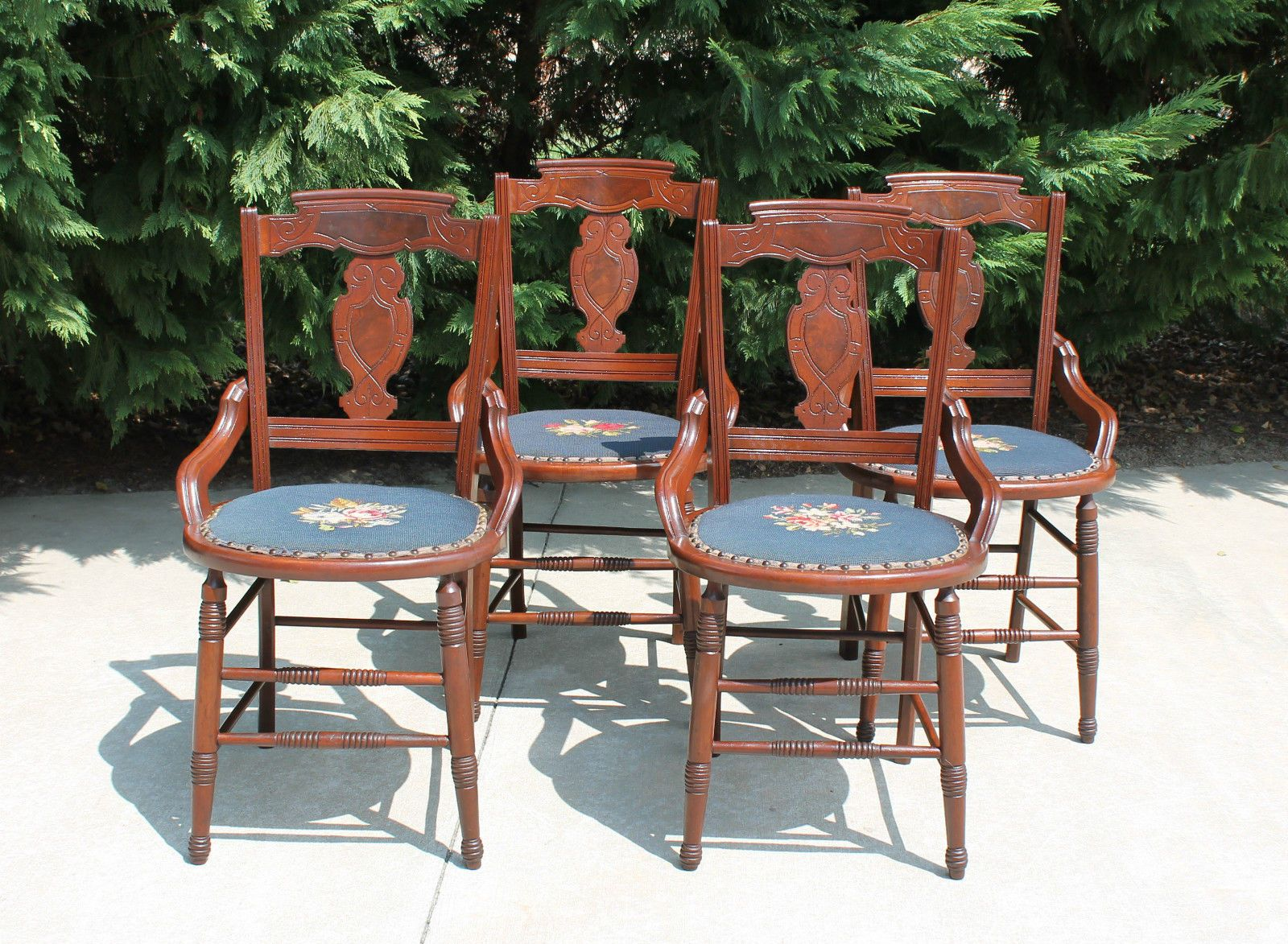 4 Eastlake Victorian Walnut Dining Game Table Chairs Needlepoint Seats C1880S