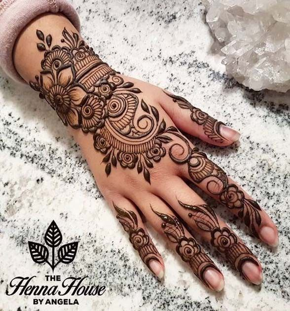 What Do You Think Of This Awesome Henna Design Henna Designs Hand Latest Mehndi Designs Simple Arabic Mehndi Designs