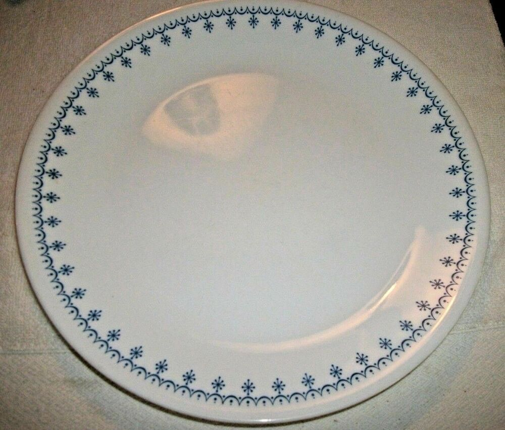 One Vintage Corning Ware Corelle Blue Snowflake Replacement 8 1 2