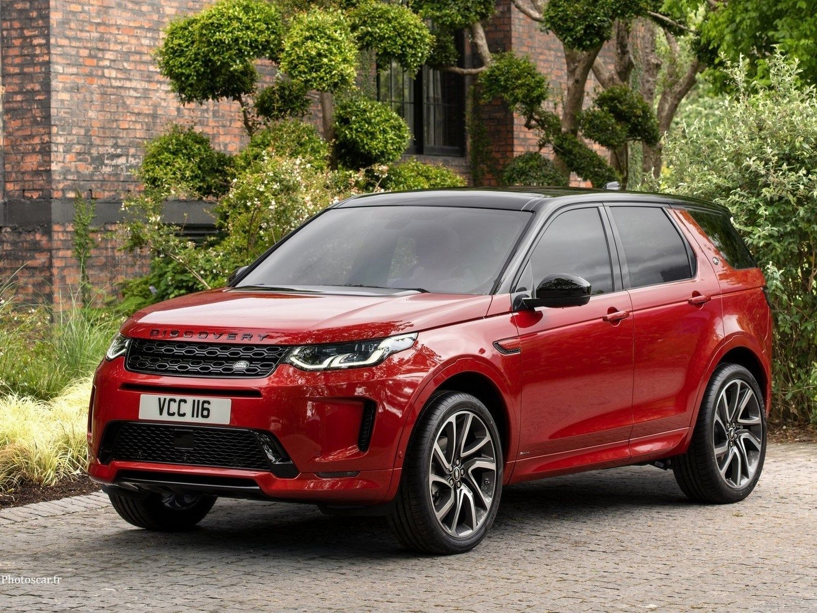 Land Rover Discovery Sport 2020 Minor Aesthetic Changes Land Rover Discovery Sport Land Rover Rover Discovery
