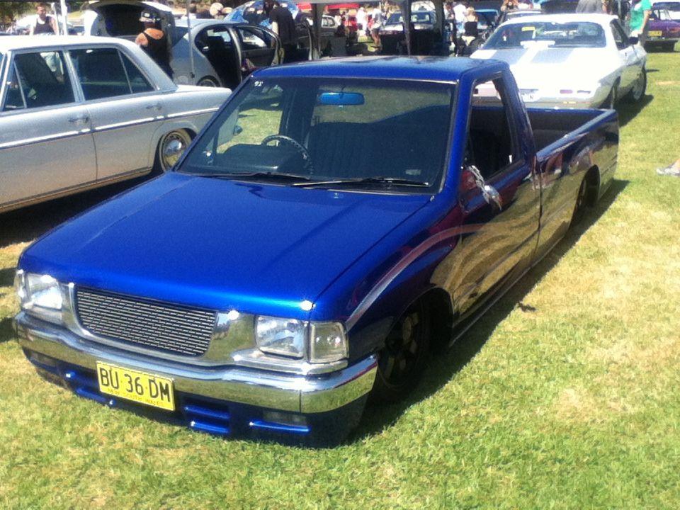 dark blue toyota hilux minitruck cars toyota hilux toyota rh pinterest com