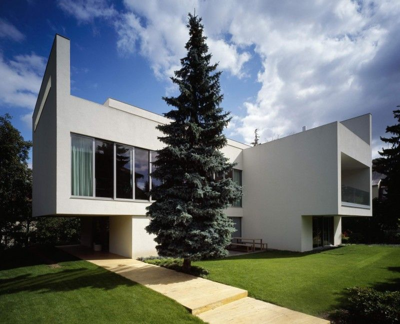 Villa Juarezova by Radan Hubicka Architectural Studio | HomeDSGN, a daily source for inspiration and fresh ideas on interior design and home decoration.