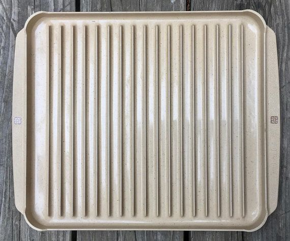 On Roast Pan Bacon Cooking Microwave Conventional Oven Convection Safe Heavy Weight Gently Used Vintage