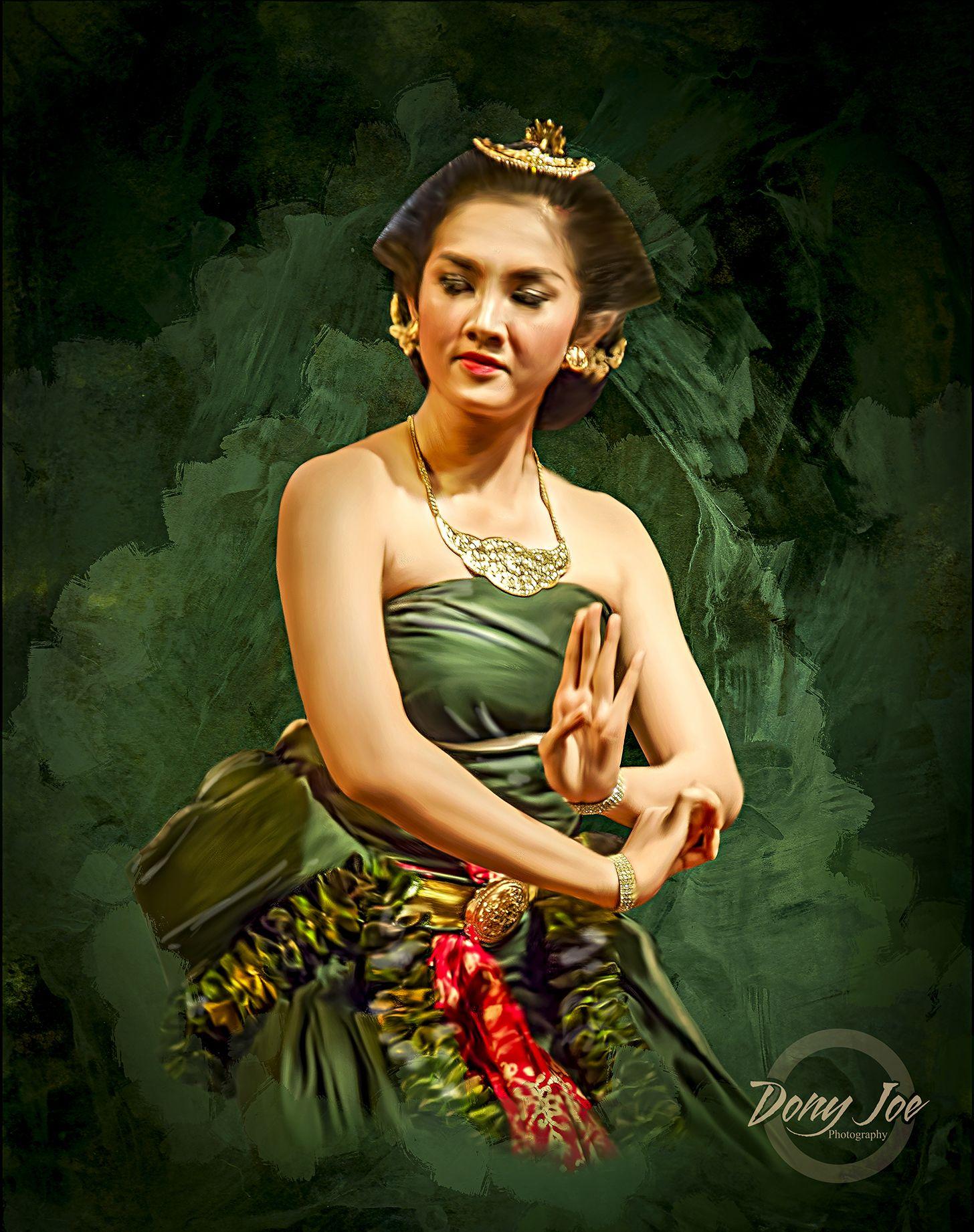 dance javanese dance smudge painting art work surakarta indonesia rh pinterest com