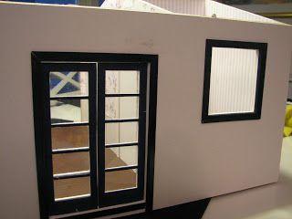 Mine dukkehuse: Karme på døre og vinduer.