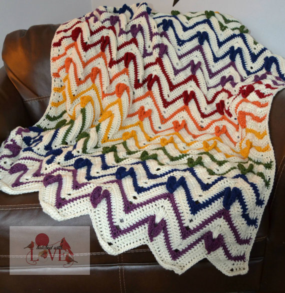 Show some love and comfort with this HeartbeatChevron Afghan crochet ...