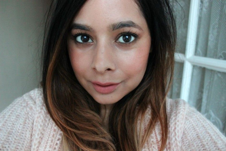 NEW YEARS Makeup Tutorial || Sparkly Glam & Nude Lips