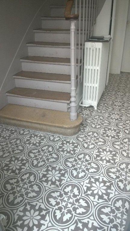 charme parquet stock de carreaux de ciment hallway pinterest carrelage de ciment. Black Bedroom Furniture Sets. Home Design Ideas
