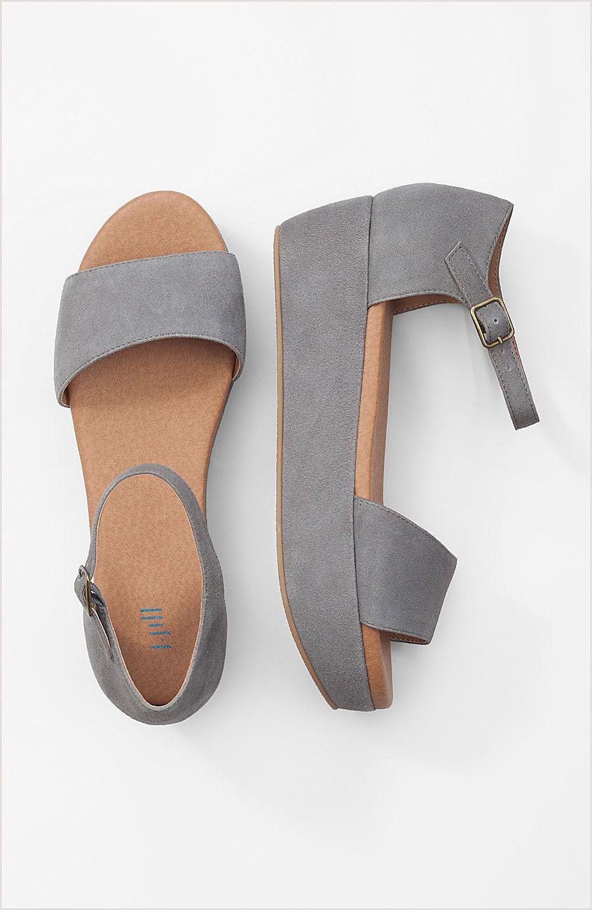 Ankle-strap flatform sandals   Flatform