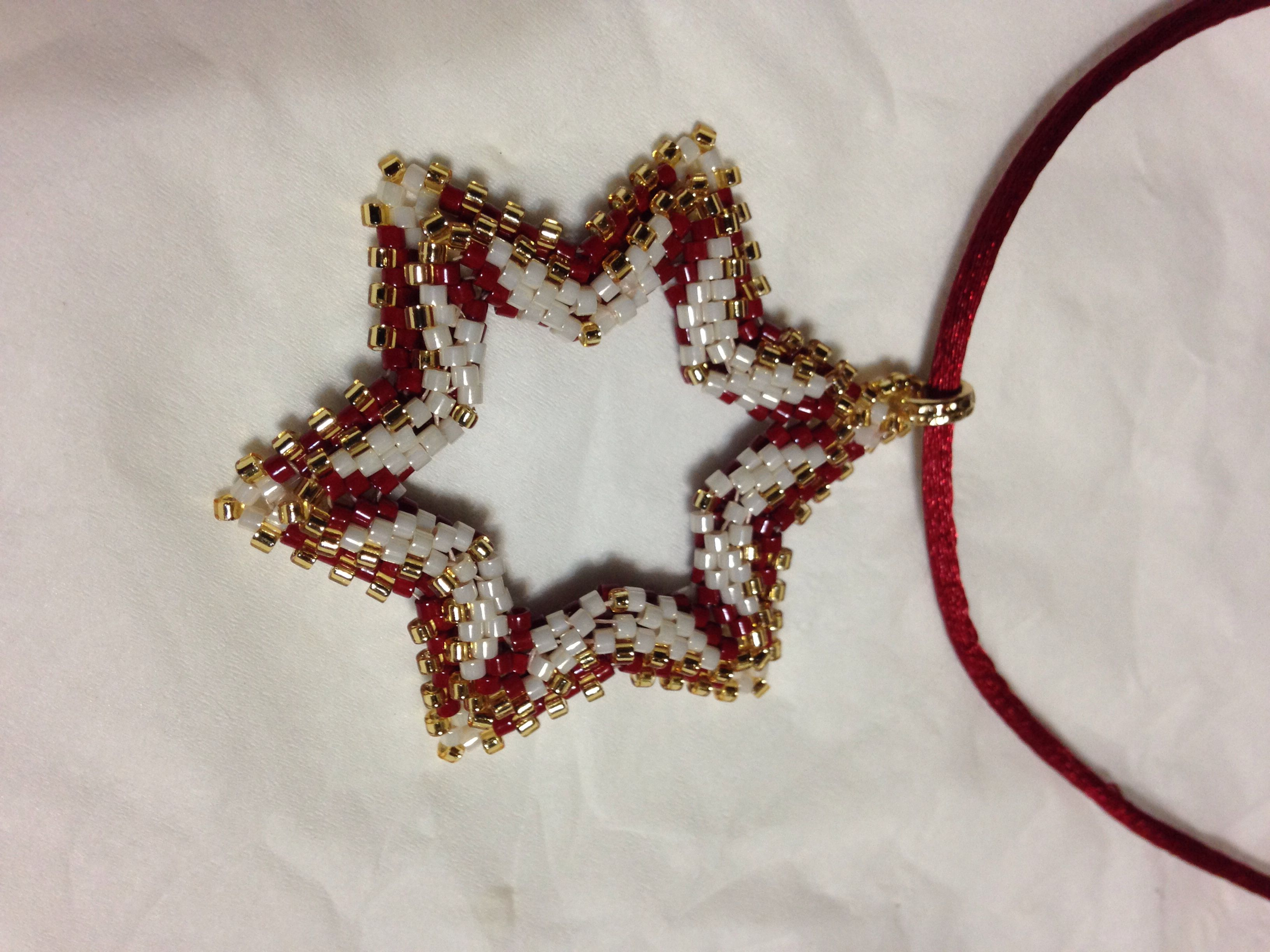 stella / tissage peyote stitch